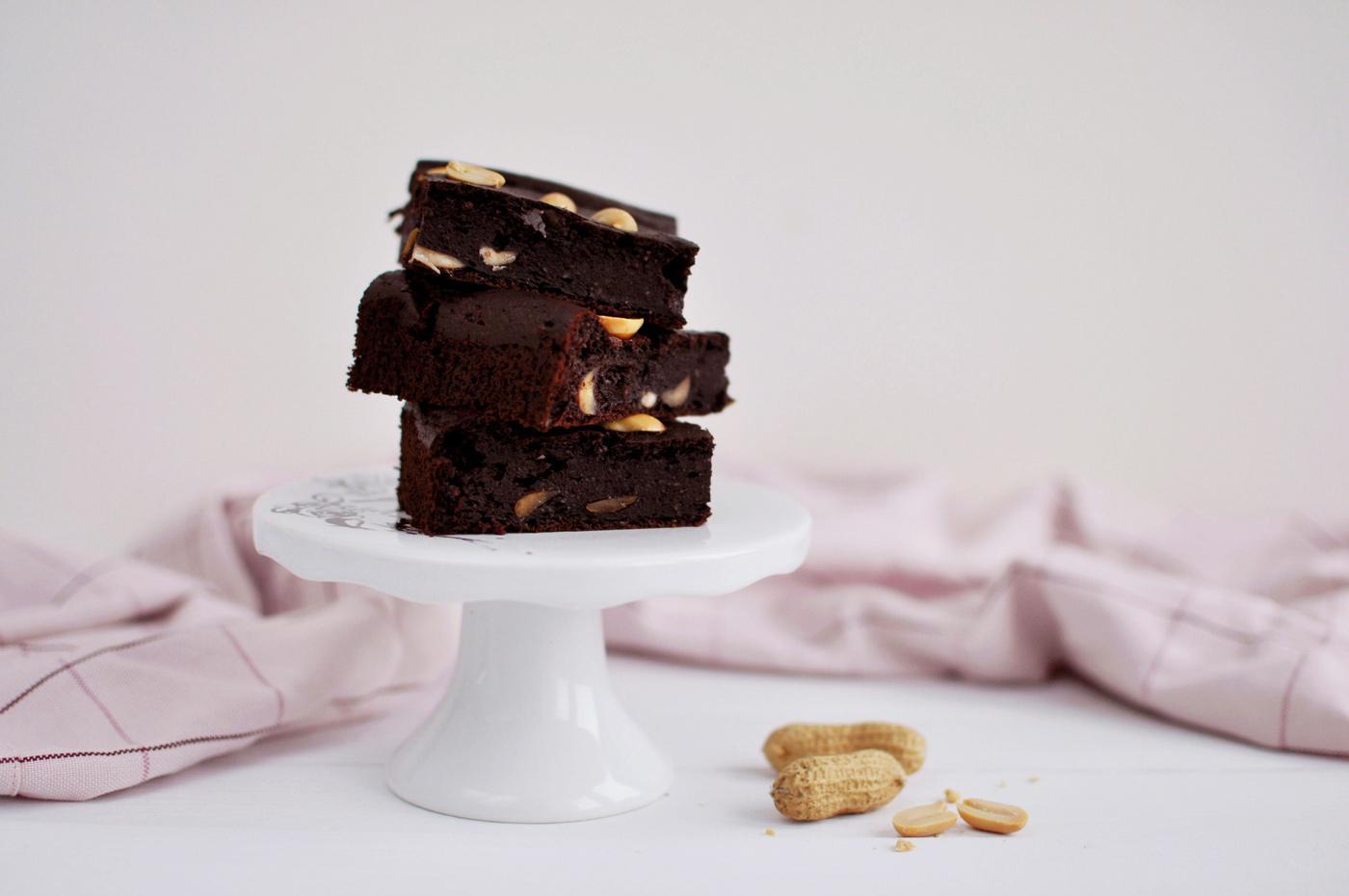 Dietetyczne brownie jaglane (bezglutenowe)