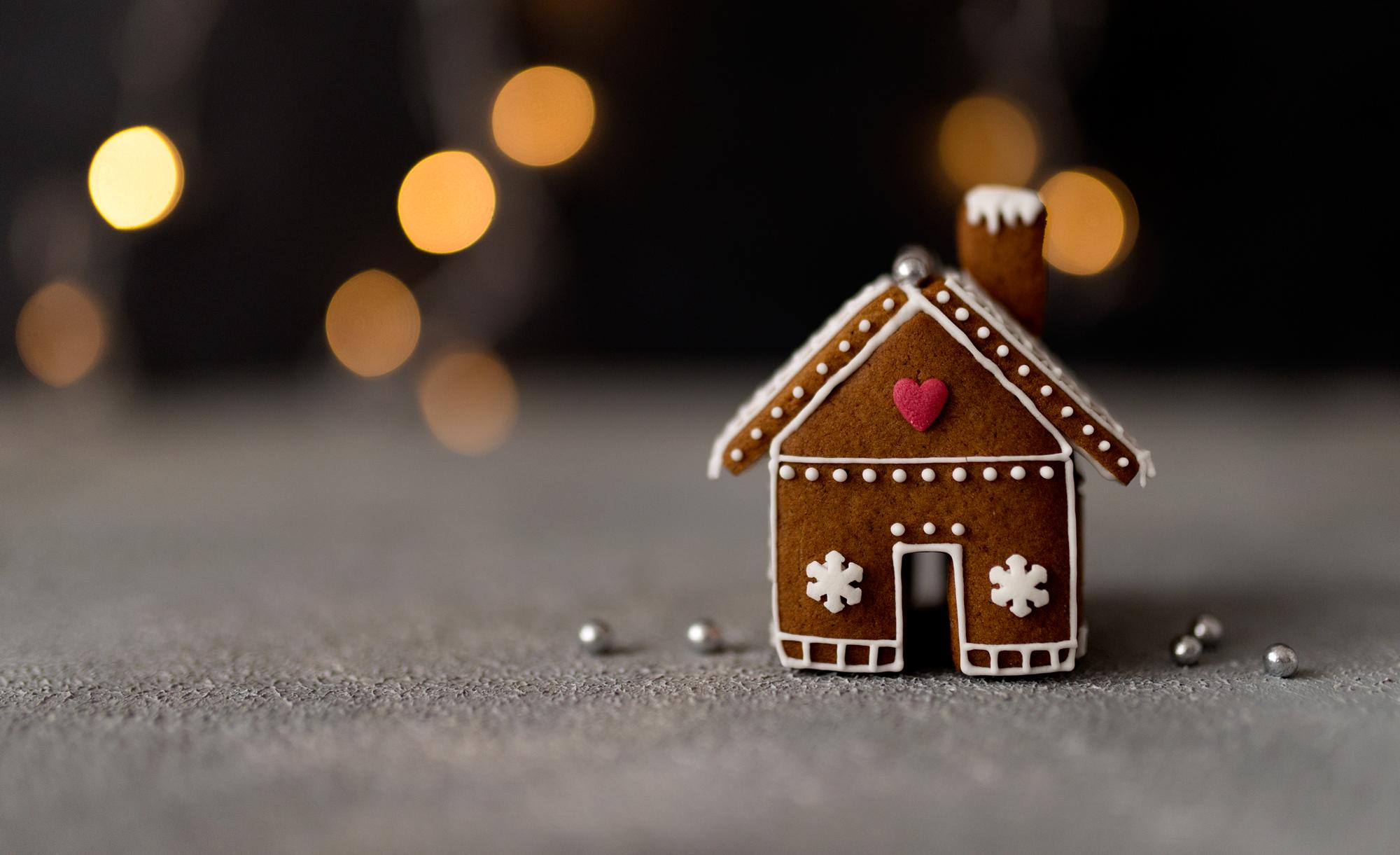 Mini domki z piernika – pomysł na jadalny prezent